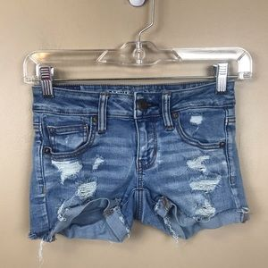 American Eagle Shortie denim distressed shorts 00